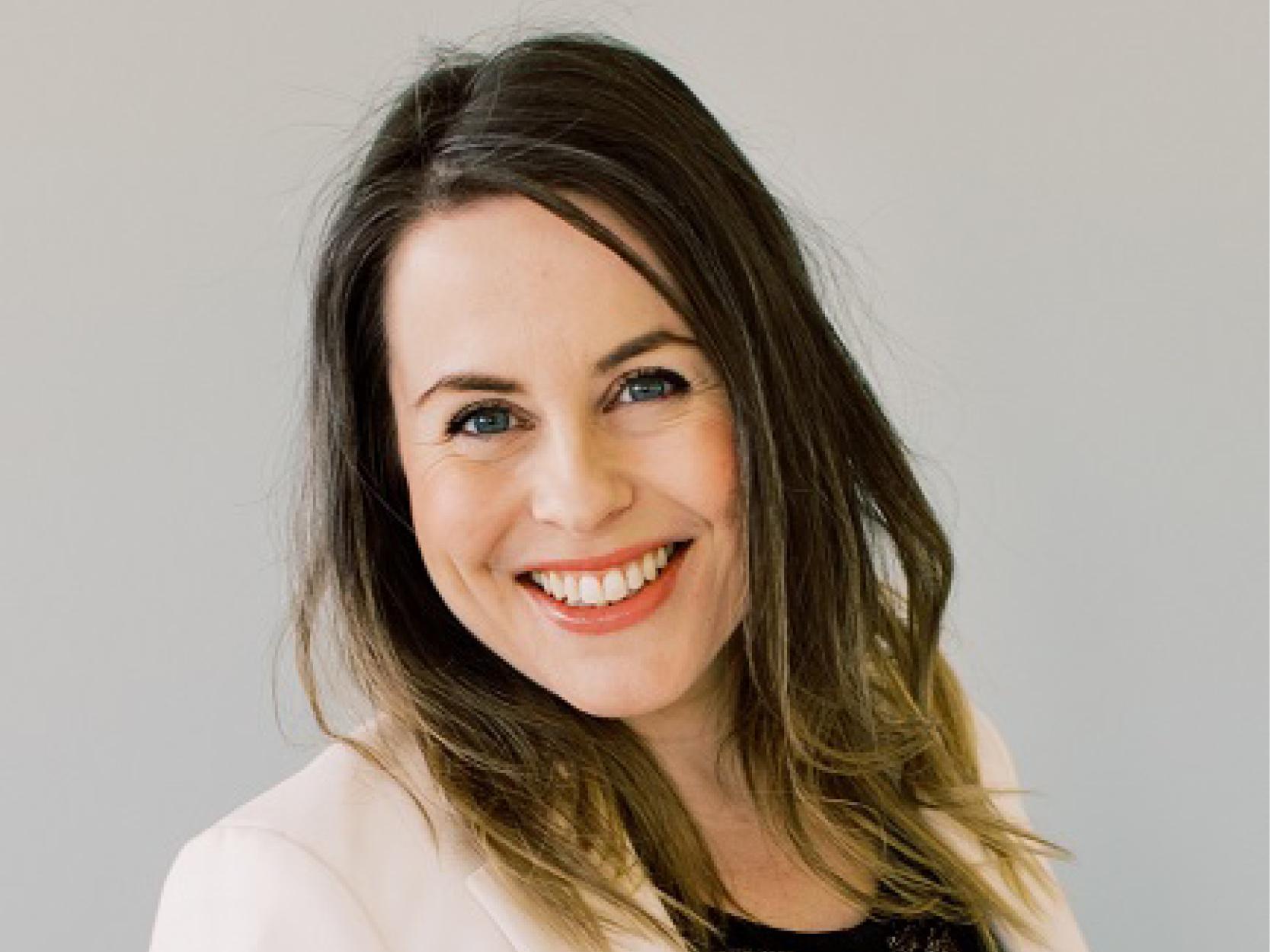 Anne Sheriffdeen - Makeup artist