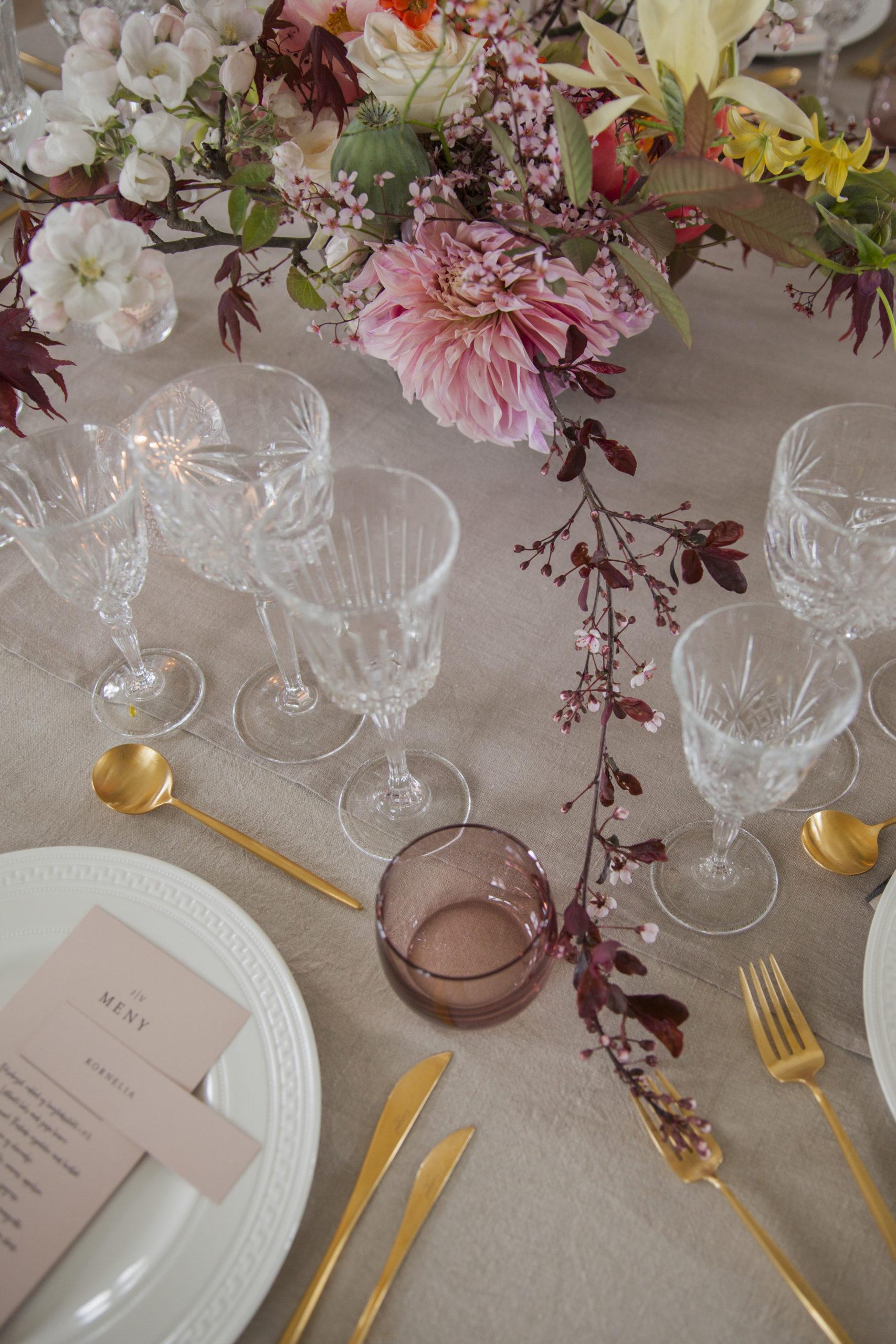 Borddekking: Table Tales